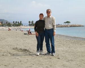 А итальянский пляж в Сан Ремо, так себе. В Крыму и получше есть